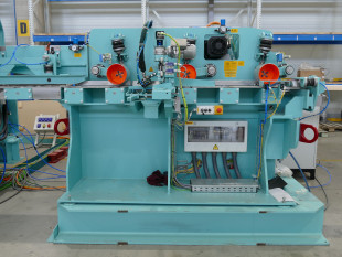 Infeed equipment with hot-melt adhesive application system