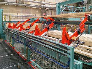 2. Manual marking station for timber defects