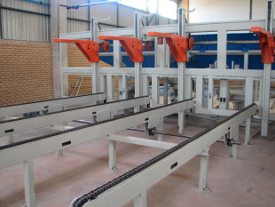 Tilt hoist tilting hoist table