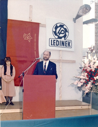 The opening of the new factory in Hoče, October 1986